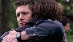 7-Supernatural-Season-Eleven-Episode-Twenty-Three-SPN-S11E23-Sam-Dean-Winchester-Jensen-Ackles-Jared-Padalecki-hug-600x346
